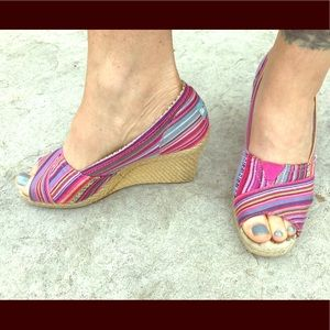 Toms pink striped wedges peep toe sandals 8